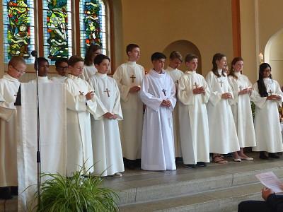 14 élèves du collège ont fait leur Profession de foi à la chapelle le dimanche 26 juin.